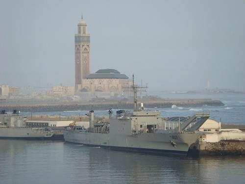 Puerto y Mezquita