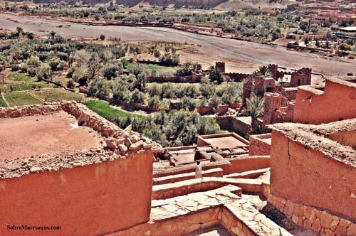 Casas de adobe de la Kasbash