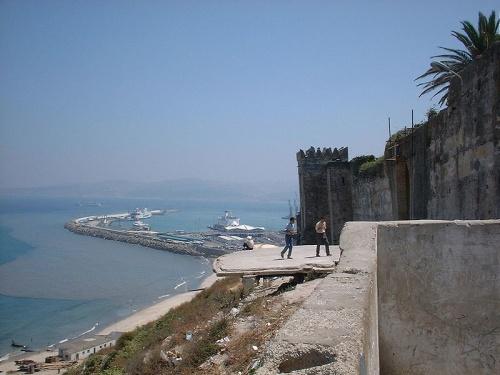 Cerca del Puerto de Tanger