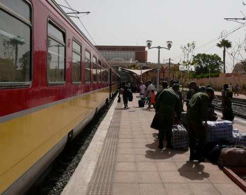 Tren en la estacion de Marrakech