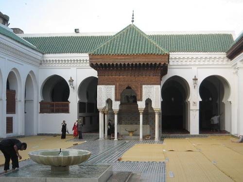 Mezquita Karaouine y su universidad en Fez