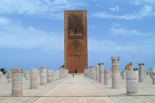 Columnas en la Torre Hassan