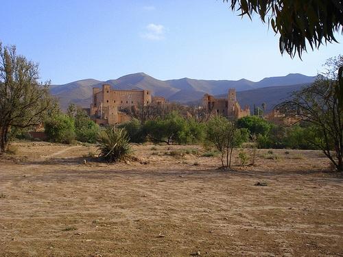 Amabilidad dentro de la kasbah de Taliouine
