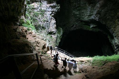 Cuevas Friouato